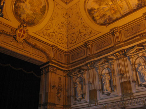 kings palace of naples