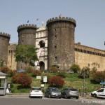 Castel nuovo di Napoli, esterno