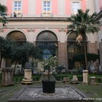 cortile, musee archeologique de naples
