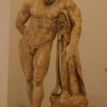 Hercule au repos (c. 200 dc), musée archéologique de Naples
