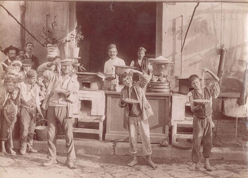 """Résultat de recherche d'images pour """"photos anciennes de Naples dans les années 30"""""""