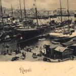 Foto antica di napoli porto