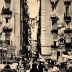 Foto antica di Napoli, vicolo di via porto