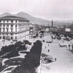 Foto antica di Napoli, Piazza municipio, prima del 1897