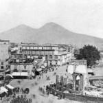 Foto antica di Napoli, Piazza municipio, demolizione della granguardia, inizio XXe