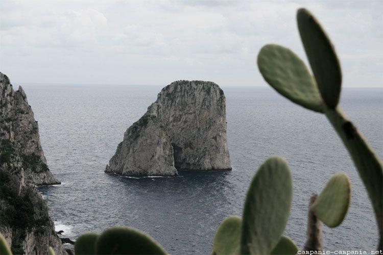 Les Faraglioni, Capri