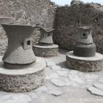Meules de la boulangerie, Pompéi