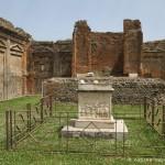 Temple de Vespasien, Pompéi